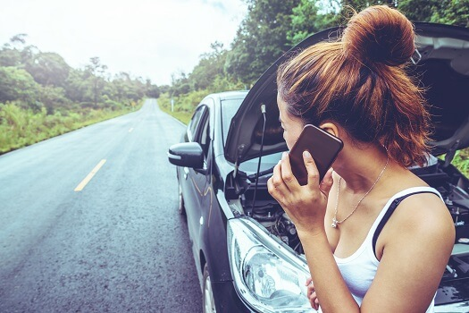 8 Essential Items for Roadside Emergencies in San Diego, CA