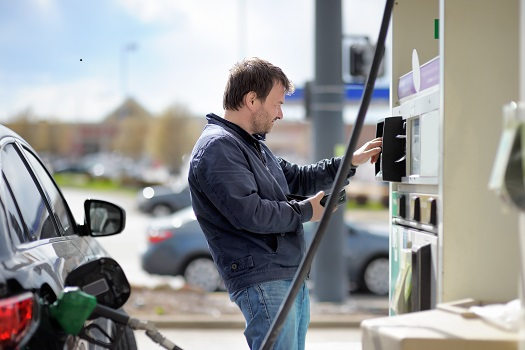 what controls gas price